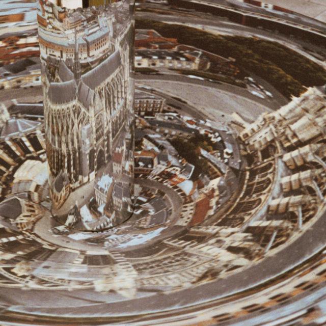 Sculpture en anamorphose Florence watteel