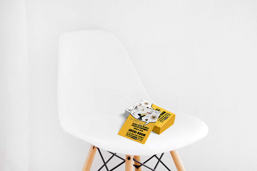Flyers sur chaise design